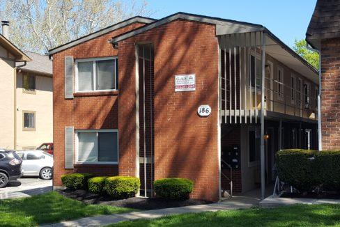 186 E. Norwich Ave.